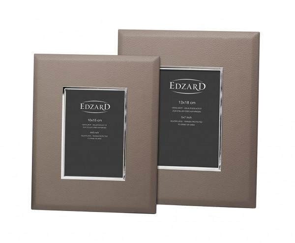 Fotorahmen Finn für Foto 10 x 15 cm, Lederoptik grau, edel versilbert, anlaufgeschützt, 2 Aufhä