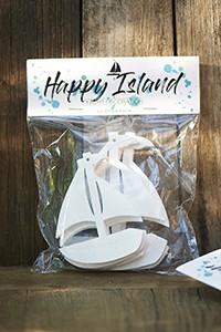HAPPY ISLAND YACHT DECORATION