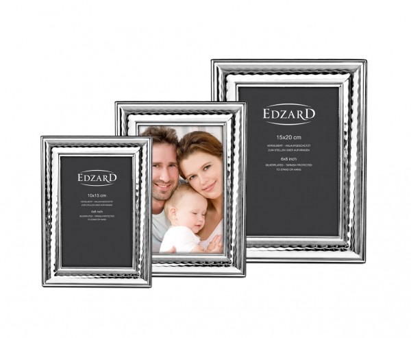 Fotorahmen Urbino für Foto 15 x 20 cm, edel versilbert, anlaufgeschützt, mit 2 Aufhängern