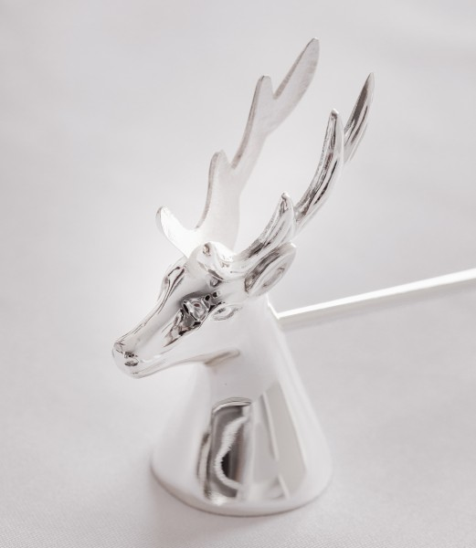 Kerzenlöscher Flammentöter Hirsch, edel versilbert, anlaufgeschützt, Länge 26 cm