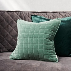 BASIC BLOCK S QUILTED P.C GRN 50X50